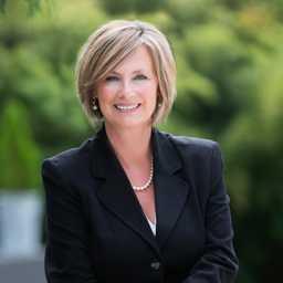 Robin Saunders Profile Picture