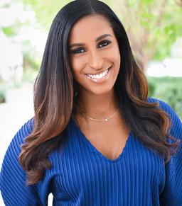 Sarah Desamours Profile Picture