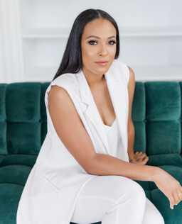 Felicia Jones Profile Picture
