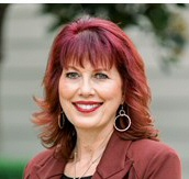 Lisa Faria   Profile Picture