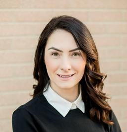 Laura Tibu Profile Picture